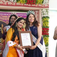 Evergreen Beauty Contest Season-1  30+ Women On The Ramp Floor  Deepti Joshi Bags The First Evergreen Beauty Title